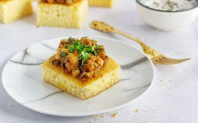 Mexicaanse cornbread met spread van Zaalouk